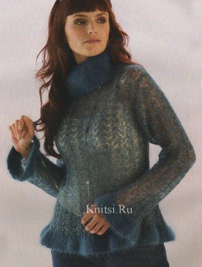 Ажурный свитер с воланами.
