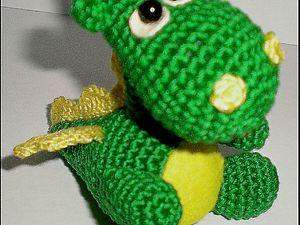 вязаный дракон своими руками вязаные игрушки подушки схема