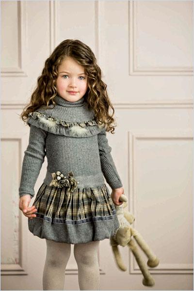 Вязаное платье с отделкой